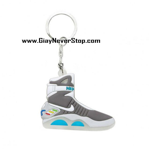 Móc khóa hình giày sneakers Nike Mag 2D giá rẻ
