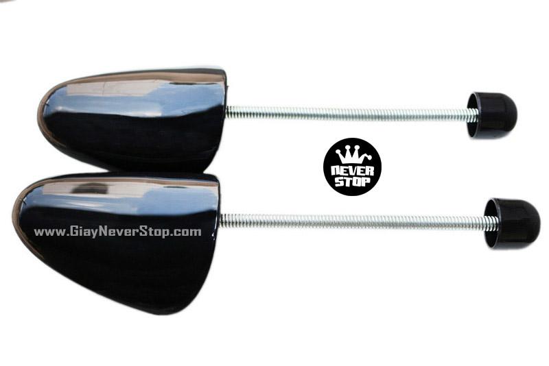 Dụng cụ giữ form giày shoetree nhựa cao cấp chống nhăn mũi giày giá cực tốt HCM